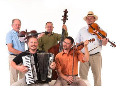 Kolompos együttes: Tavaszi mulatság