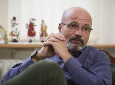 Zacher Gábor toxikológus, a Honvéd Kórház sürgésségi osztályának vezetőjével Szily Nóra Készít interjút