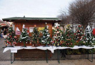 Karácsonyfa díszítő verseny