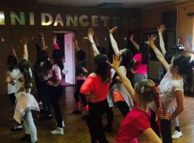 A Tini Dance Team évzáró gálaműsora